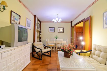 2 bedroom Apartment for rent in Costabella