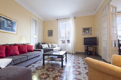 3 bedroom Apartment for rent in Central Barcelona