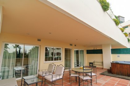 2 bedroom Apartment for rent in New Golden Mile, Marbella