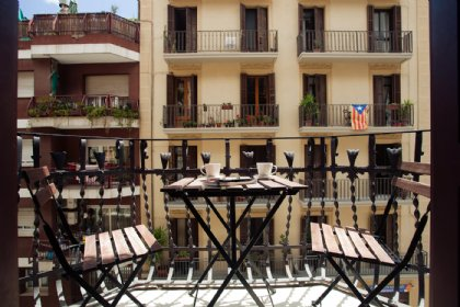 2 bedroom Apartment for rent in Poble Sec