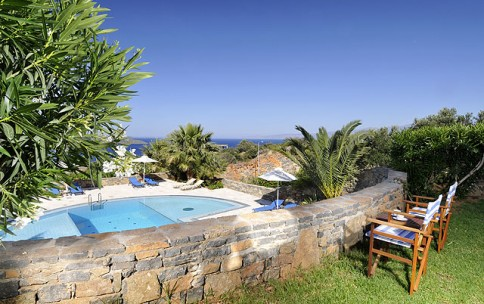 1 bedroom Villa for rent in Agios Nikolaos