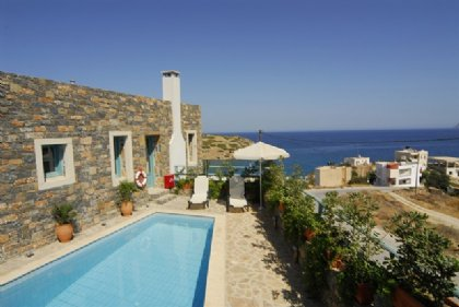 2 bedroom Villa for rent in Agios Nikolaos