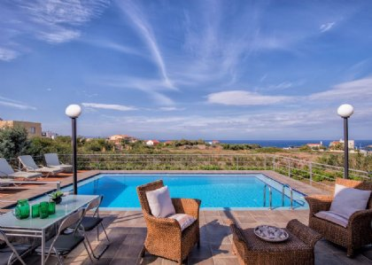 4 bedroom Villa for rent in Chania