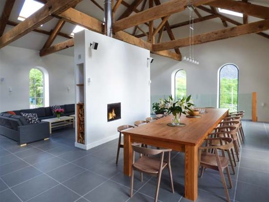 Luxury Mansion Or Modern Barn Conversion These Accommodation For