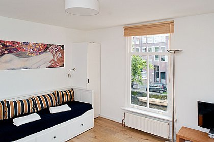NEW!!! CITY CENTRE STUDIO, Amsterdam | Alpha Holiday Lettings