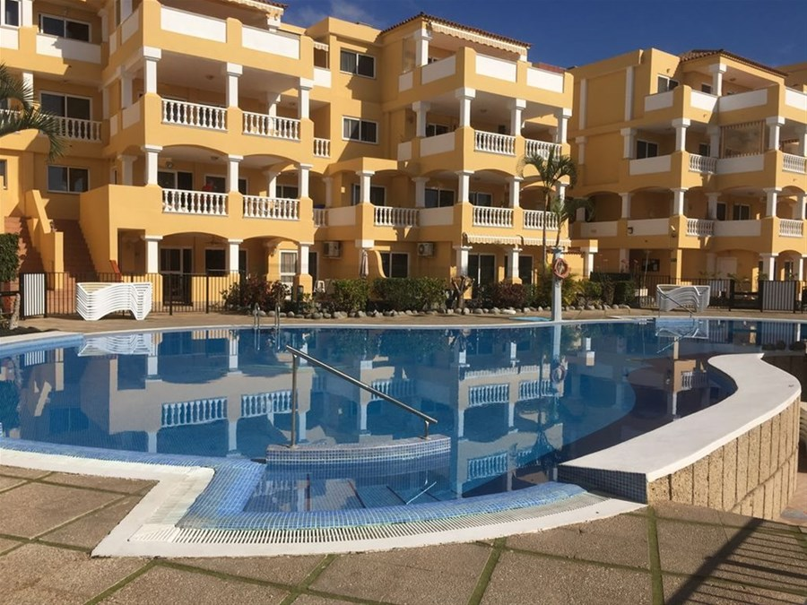 Duquesa Del Mar Tenerife 1 2 Bed Poolside Apartment Xlarge Sunny Terrace Free Wifi Full Sports Movies